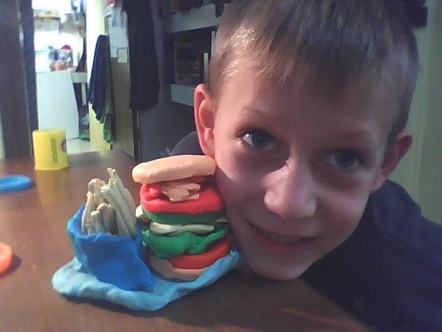 Wordless Wednesday – Yummy Playdoh Food